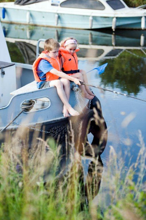 Children on the Canal